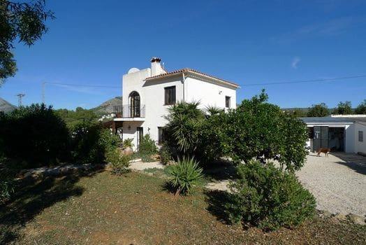 3 sypialnia Finka/Dom wiejski na sprzedaż w Alcalali / Alcanali z basenem garażem - 349 000 € (Ref: 5566039)