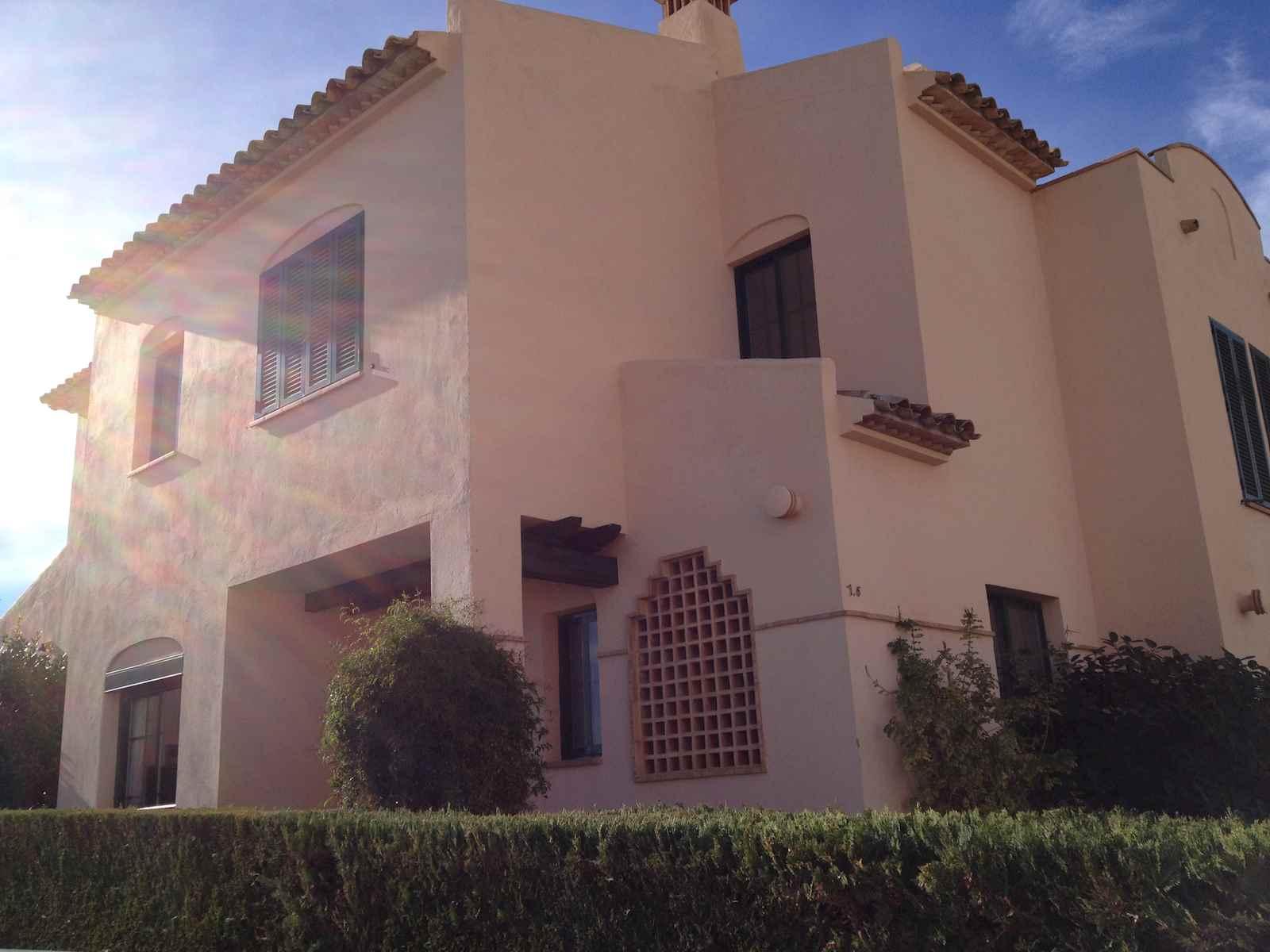 2 Zimmer Feriendoppelhaus in Benidorm mit Pool Garage - 410 € (Ref: 2825840)