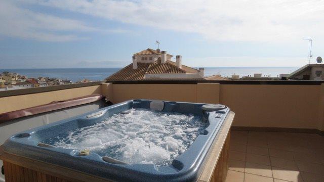 4 bedroom Penthouse for holiday rental in La Villajoyosa / Vila Joiosa - € 680 (Ref: 2825841)
