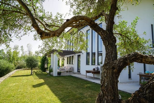 4 bedroom Finca/Country House for sale in Ronda - € 1,290,000 (Ref: 6242541)