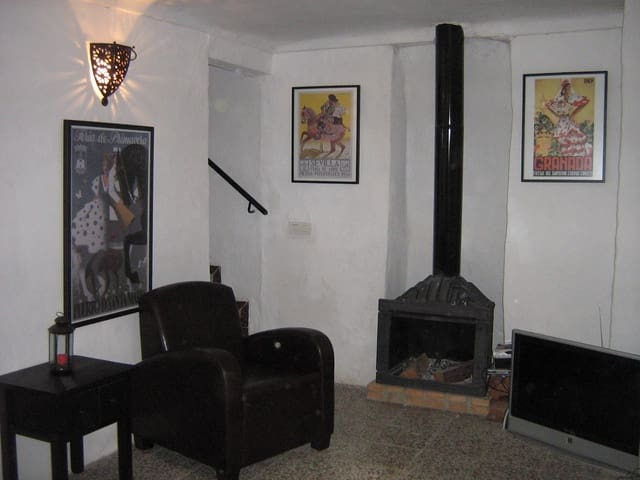 2 quarto Casa em Banda para arrendar em Arriate - 400 € (Ref: 6316288)