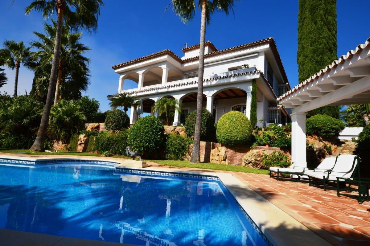 6 bedroom Villa for sale in Marbella with pool garage - € 2,700,000 (Ref: 5260737)