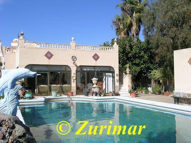 3 bedroom Villa for sale in Roquetas de Mar with pool - € 325,000 (Ref:  4207839)