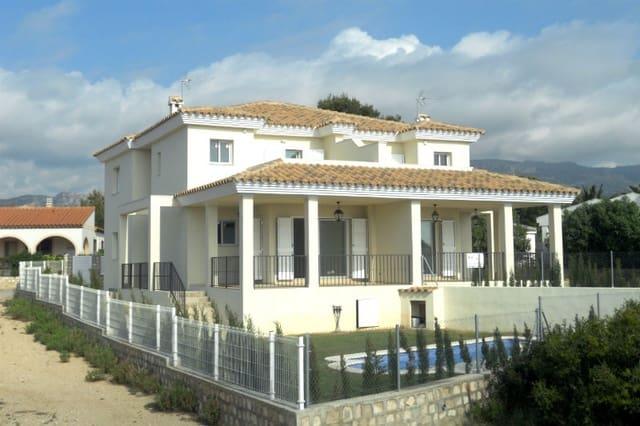 4 chambre Villa/Maison à vendre à Calafat avec piscine garage - 309 000 € (Ref: 4805801)