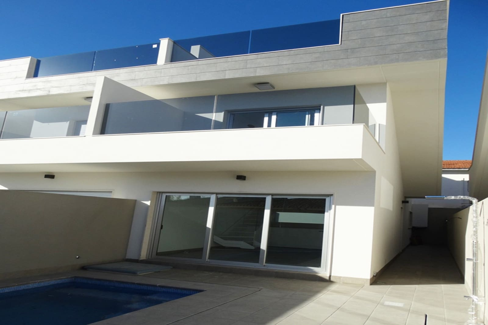 Chalet de 3 habitaciones en Pilar de la Horadada en venta con piscina - 281.000 € (Ref: 4330629)
