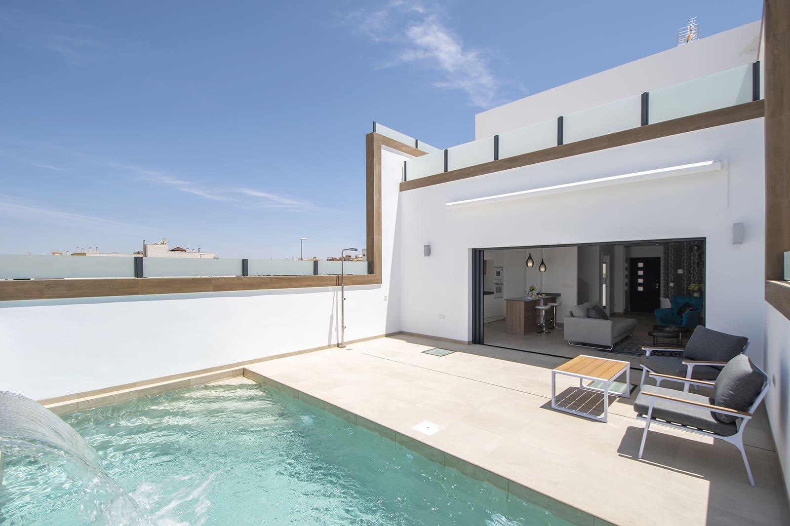 Casa de 3 habitaciones en Benijófar en venta con piscina - 235.000 € (Ref: 4824399)