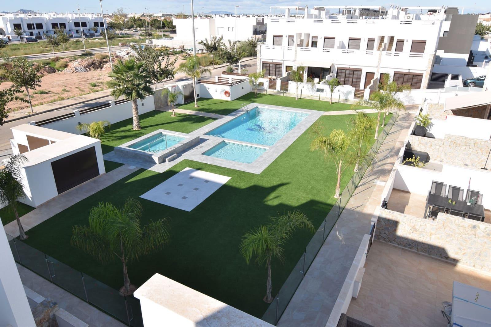Apartamento de 2 habitaciones en Pilar de la Horadada en venta con piscina - 229.000 € (Ref: 4871568)