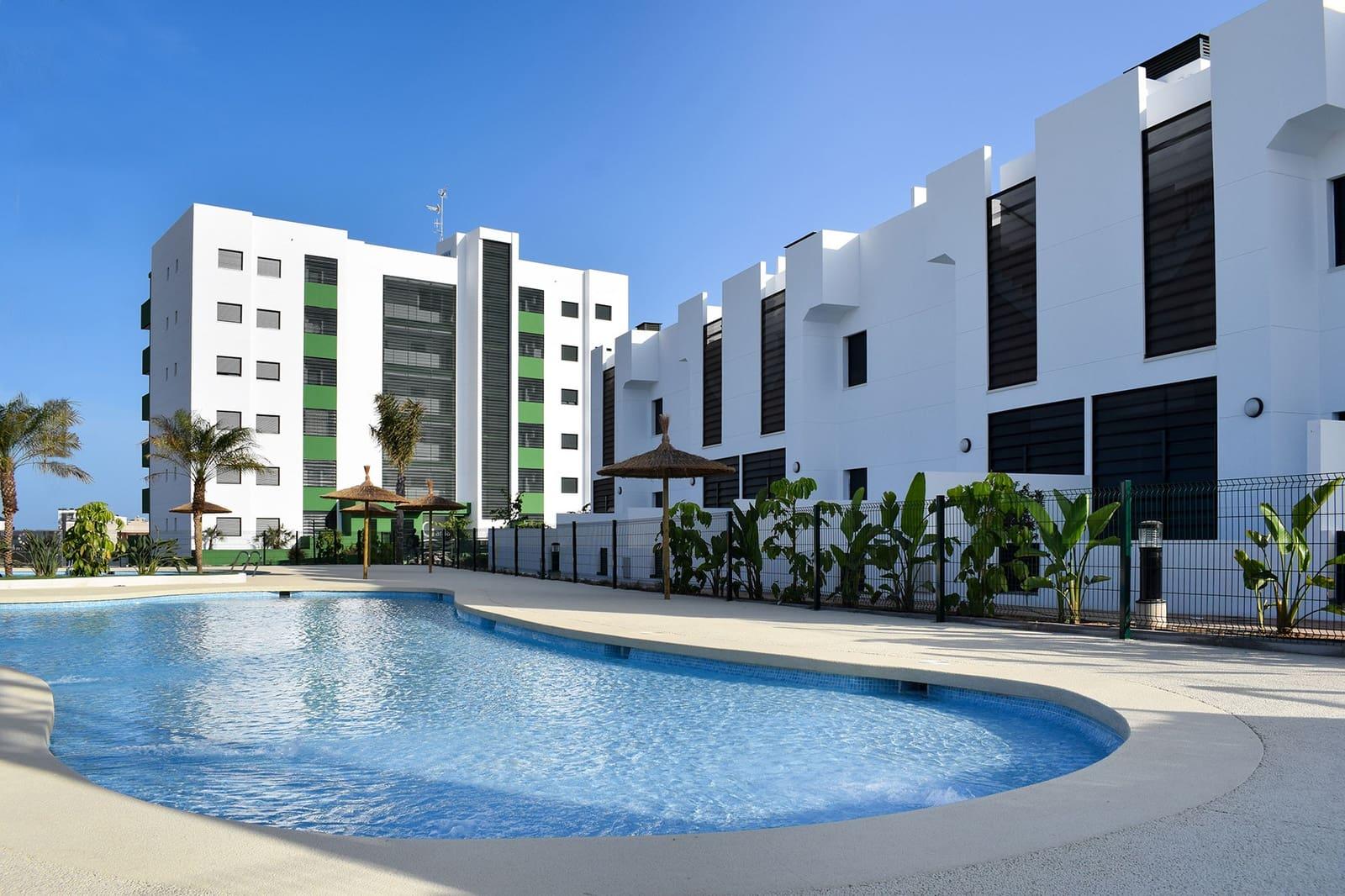 Apartamento de 3 habitaciones en Pilar de la Horadada en venta con piscina - 189.000 € (Ref: 4913089)