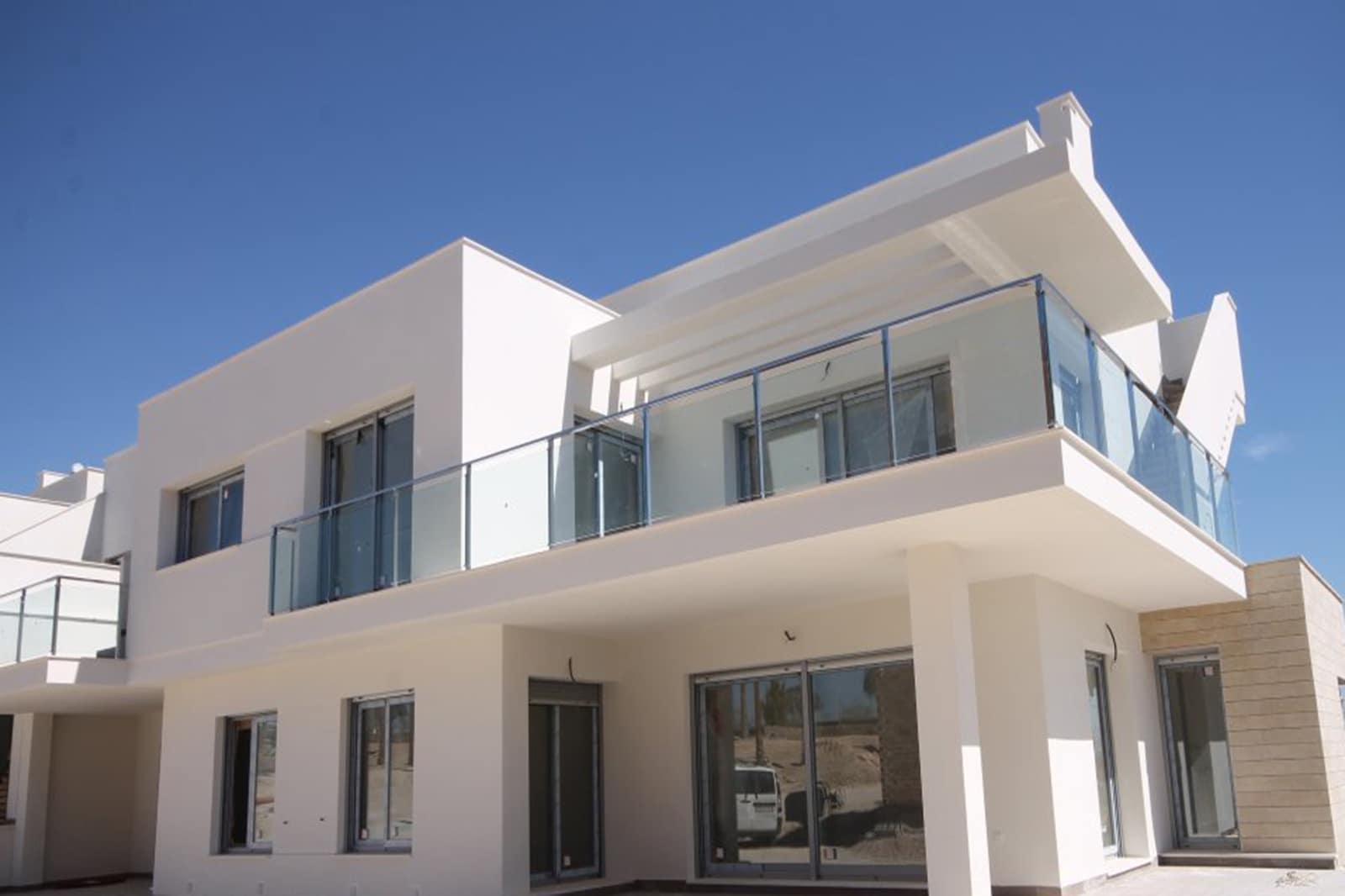 Apartamento de 3 habitaciones en Orihuela en venta con piscina - 179.900 € (Ref: 4960379)