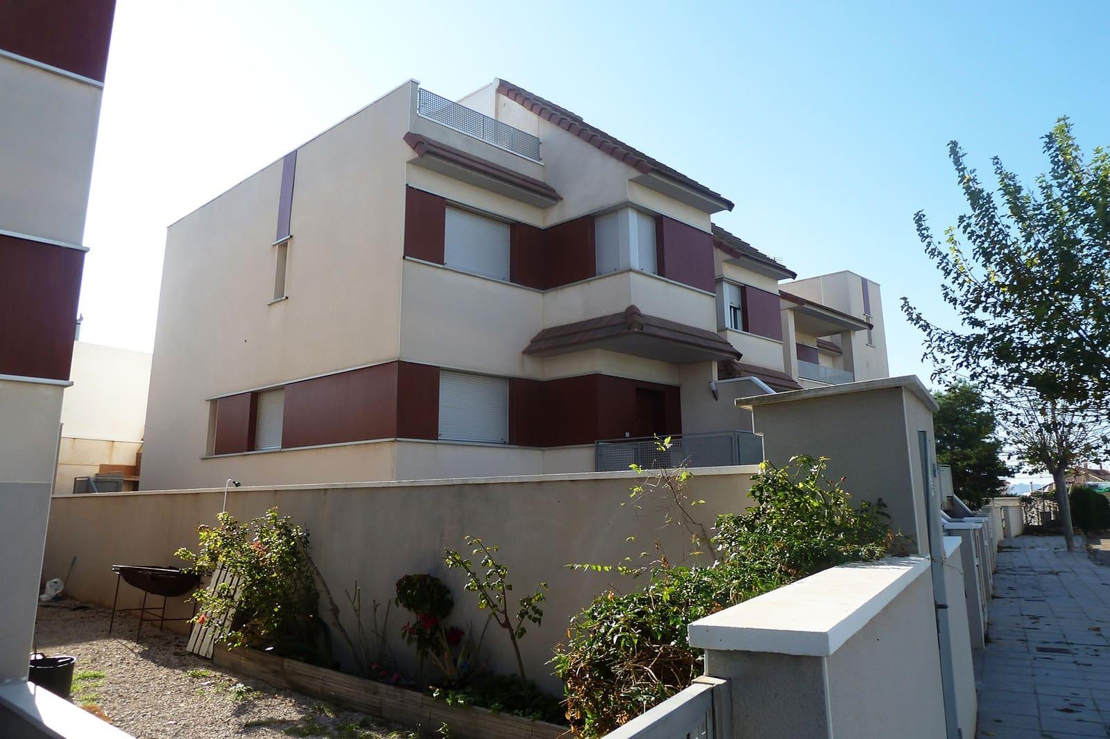 Pareado de 3 habitaciones en Pilar de la Horadada en venta - 205.000 € (Ref: 4972697)