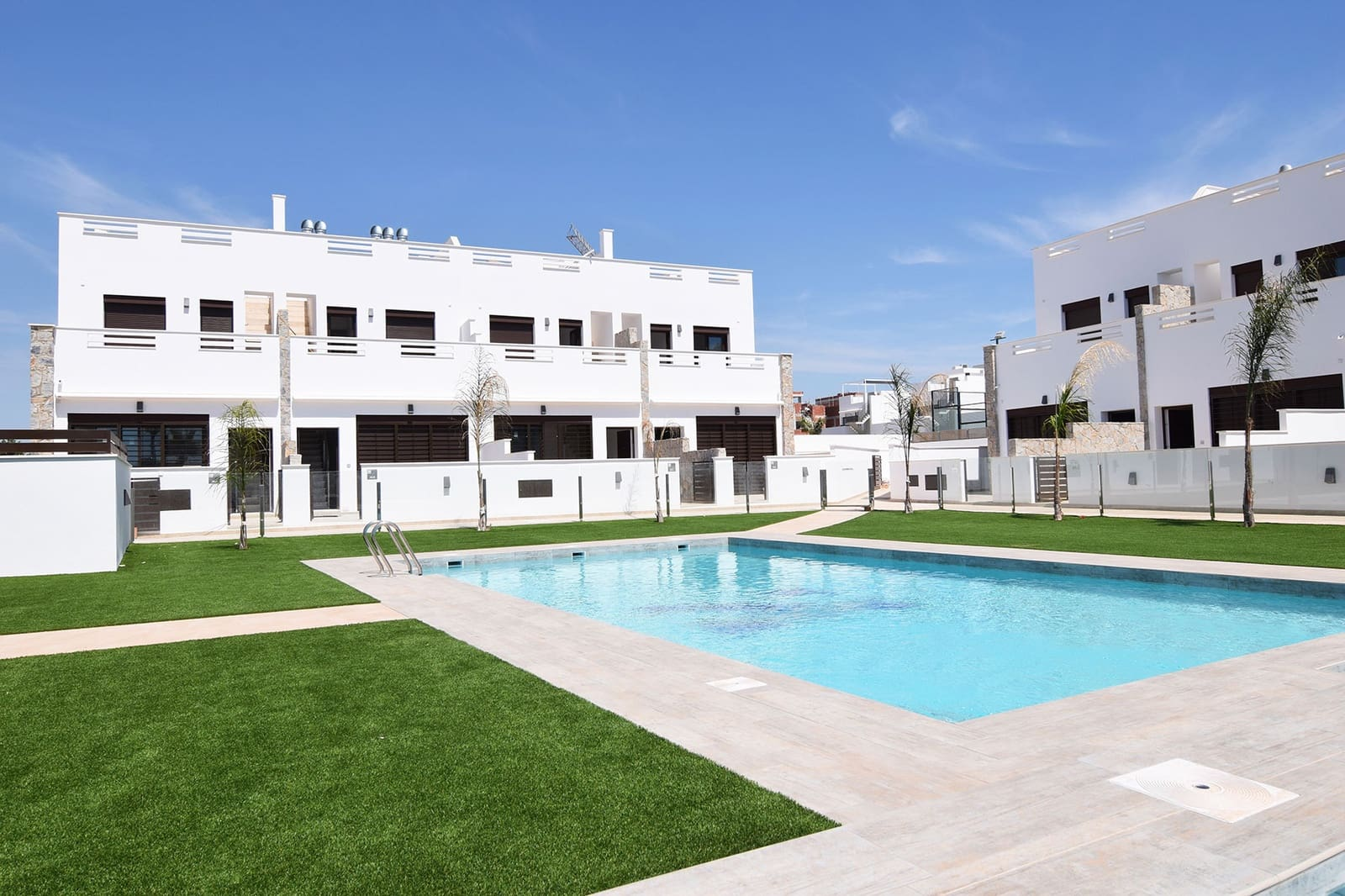 Apartamento de 3 habitaciones en Pilar de la Horadada en venta con piscina - 244.000 € (Ref: 5067227)