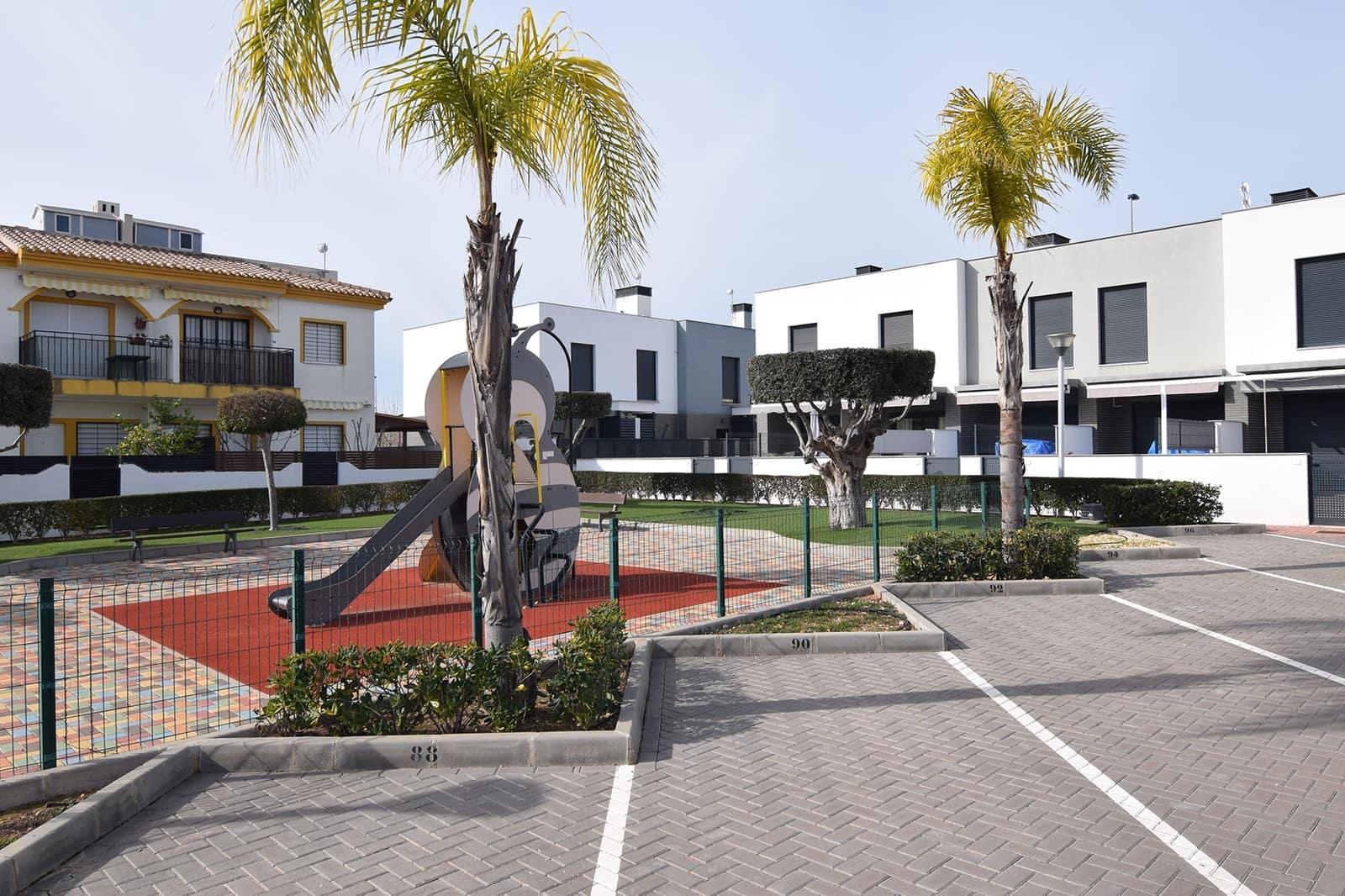 Casa de 2 habitaciones en Pilar de la Horadada en venta con piscina - 205.000 € (Ref: 5079160)