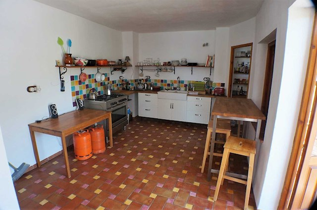 6 bedroom Guesthouse/B & B for sale in Guajar Fondon - € 145,000 (Ref: 4000869)