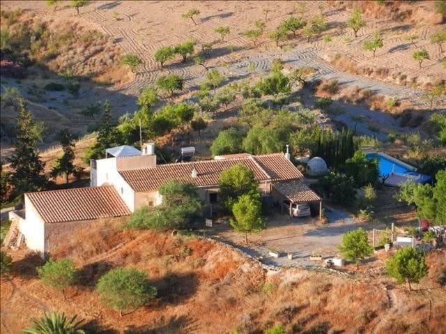 Chalet de 3 habitaciones en La Majada en venta con piscina garaje - 265.000 € (Ref: 4523927)