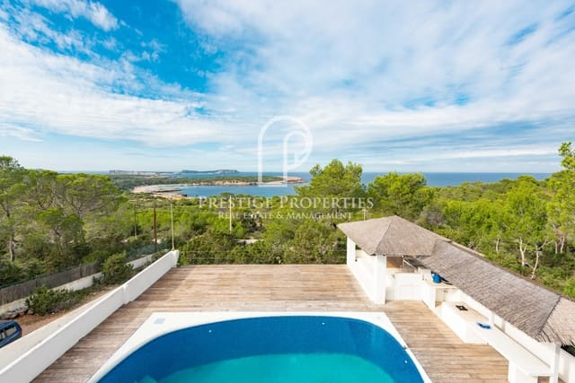 6 sovrum Villa till salu i Cala Bassa med pool - 1 575 000 € (Ref: 5350191)