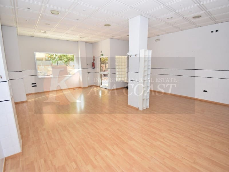 Comercial para arrendar em Fuengirola - 850 € (Ref: 5882756)