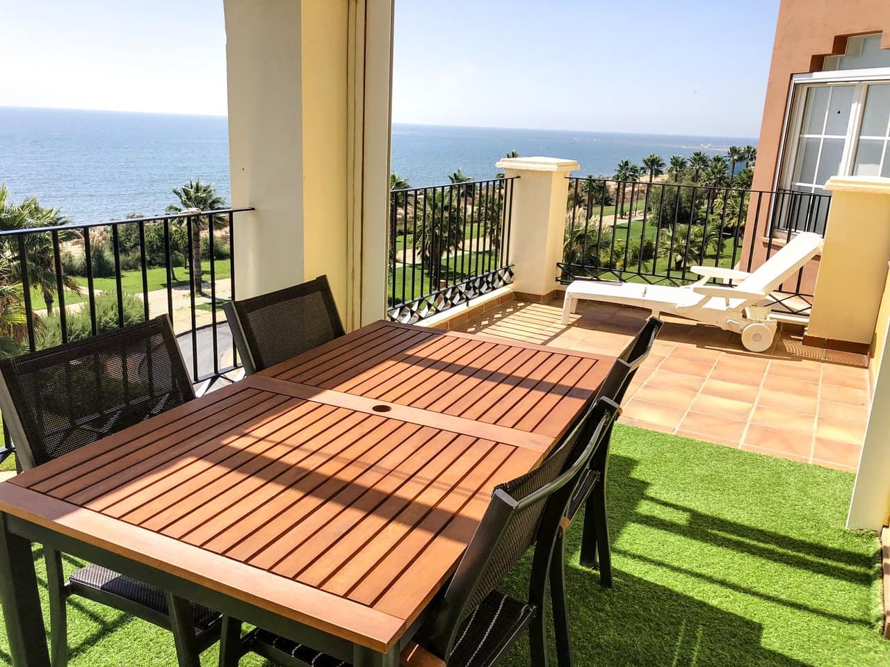 2 bedroom Penthouse for sale in Isla Canela with pool - € 340,000 (Ref: 5091201)