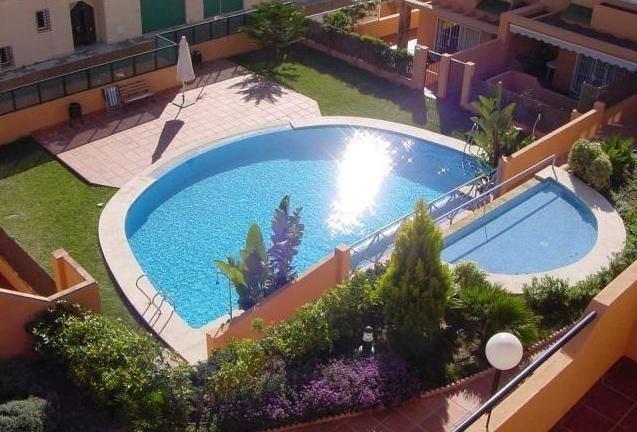 3 sypialnia Dom szeregowy na sprzedaż w Chilches z basenem - 360 000 € (Ref: 2100123)