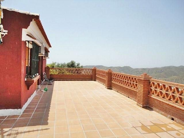 5 Zimmer Villa zu verkaufen in Cajiz - 329.000 € (Ref: 2225541)
