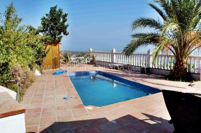3 soverom Villa til leie i Velez-Malaga med svømmebasseng - € 850 (Ref: 4261098)