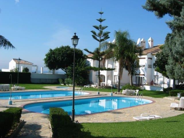 4 soveværelse Rækkehus til leje i Caleta de Velez med swimmingpool - € 950 (Ref: 4513488)