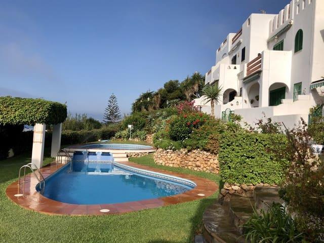 3 slaapkamer Halfvrijstaande villa te huur in Benajarafe met zwembad - € 900 (Ref: 5523388)