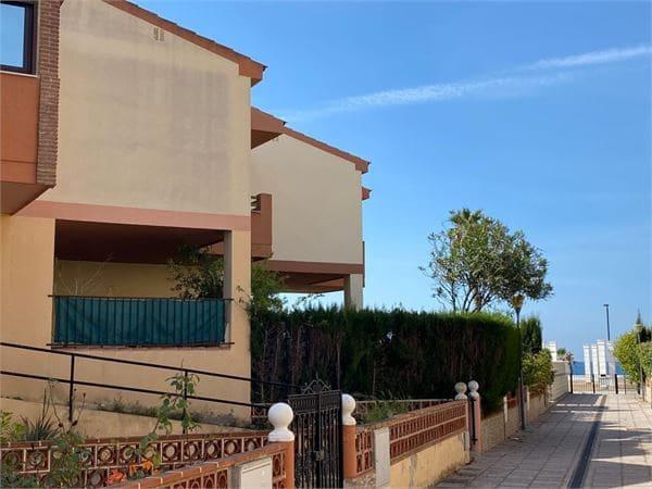 5 makuuhuone Rivitalo myytävänä paikassa Salobrena mukana uima-altaan - 275 000 € (Ref: 6006756)