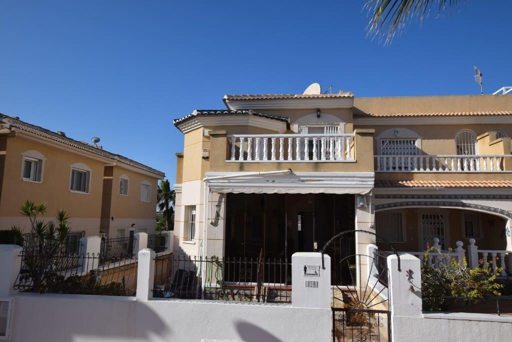 Casa de 3 habitaciones en Benijófar en venta con piscina - 149.950 € (Ref: 4972382)