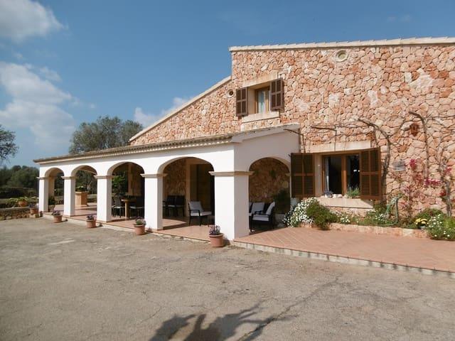 4 sypialnia Finka/Dom wiejski do wynajęcia w Llucmajor z basenem garażem - 3 800 € (Ref: 5586663)