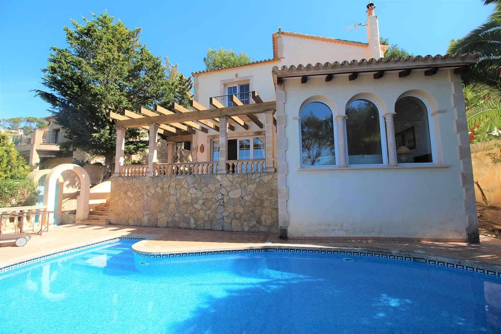 3 soverom Villa til leie i Puerto de Andratx med svømmebasseng garasje - € 4 800 (Ref: 5586726)