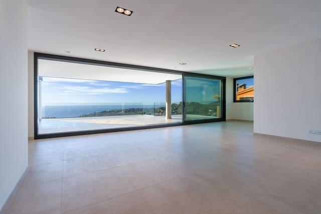 4 sovrum Takvåning till salu i Genova med pool garage - 3 875 000 € (Ref: 5681312)
