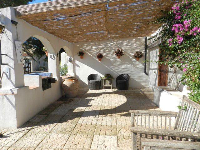 Villa til salgs i L'Aldea - € 199 000 (Ref: 4799493)