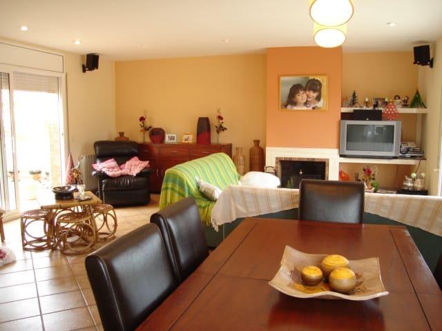 5 soverom Rekkehus til salgs i Santa Cristina d'Aro - € 360 000 (Ref: 2818588)