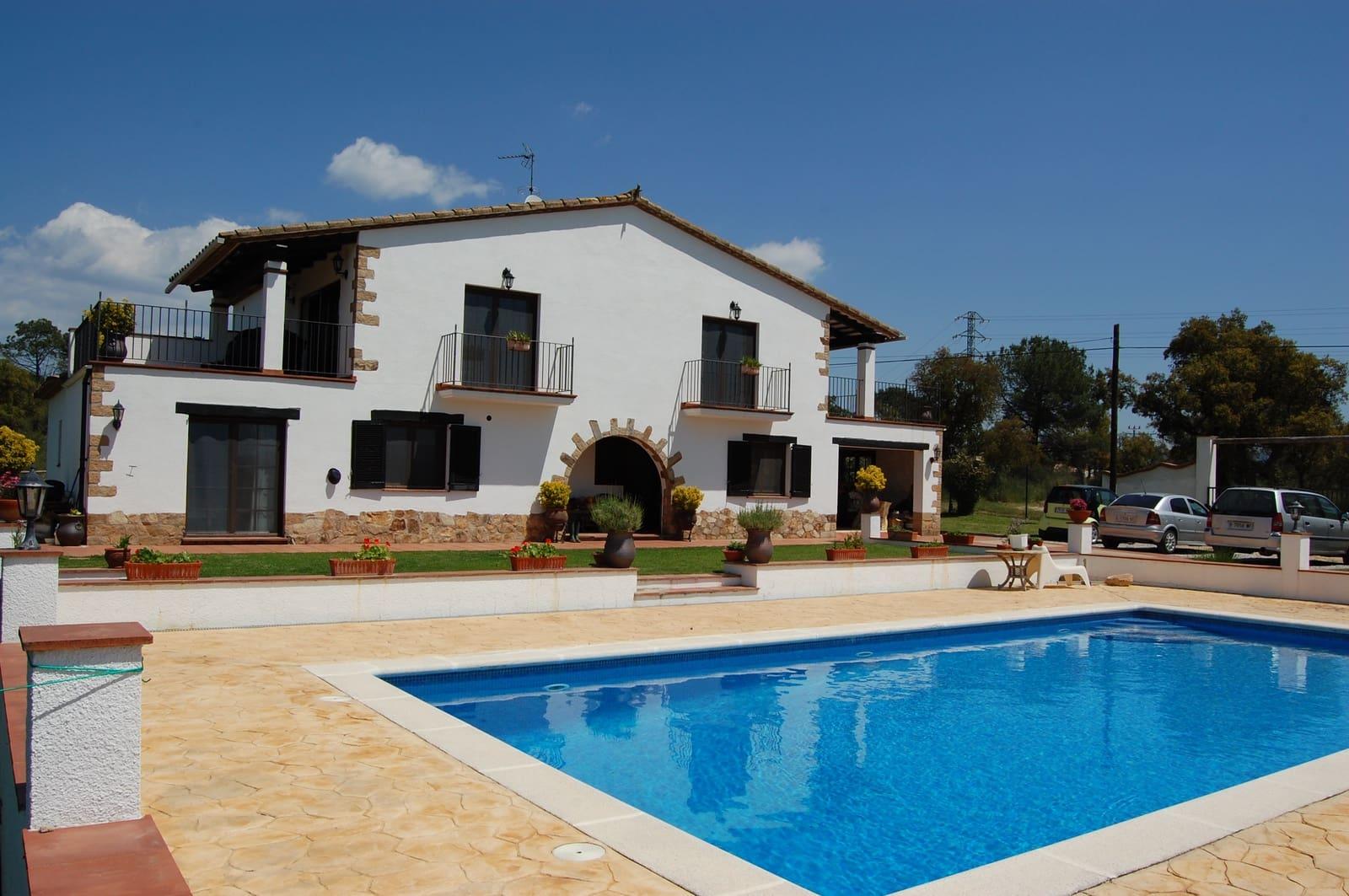 4 sypialnia Finka/Dom wiejski na sprzedaż w Llagostera z basenem - 1 380 000 € (Ref: 2818670)