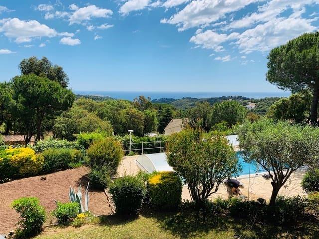 4 makuuhuone Huvila myytävänä paikassa Platja d'Aro mukana uima-altaan  autotalli - 425 000 € (Ref: 4725427)
