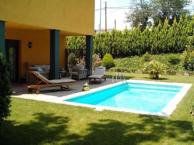 Chalet de 5 habitaciones en Santa Coloma de Farners en venta con piscina garaje - 490.000 € (Ref: 4725562)