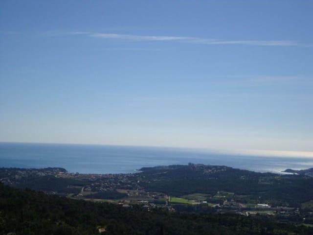 Grunde uden byggetilladelser til salg i Platja d'Aro - € 225.000 (Ref: 5693760)
