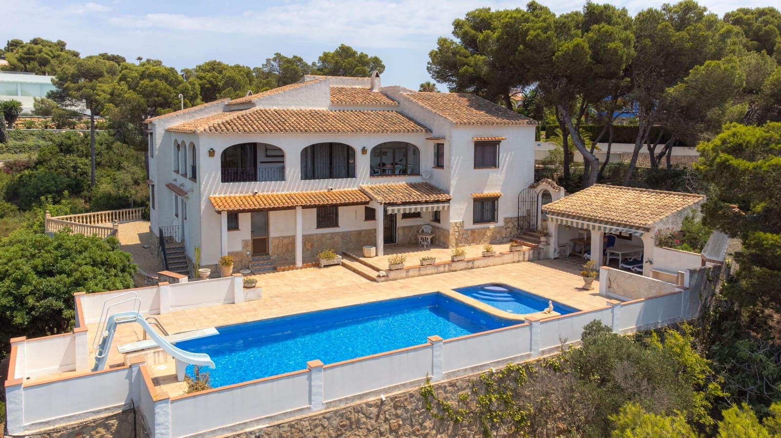 6 quarto Moradia para venda em Ambolo com garagem - 1 500 000 € (Ref: 6243096)