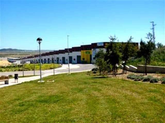 Kommersiell til salgs i Conil de la Frontera - € 200 000 (Ref: 3100968)
