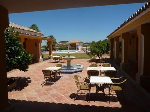 11 chambre Commercial à vendre à Arcos de la Frontera avec piscine - 950 000 € (Ref: 3101004)