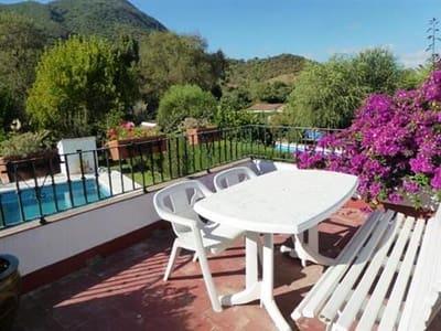 Chalet de 5 habitaciones en Benaocaz en venta con piscina - 195.000 € (Ref: 3244928)