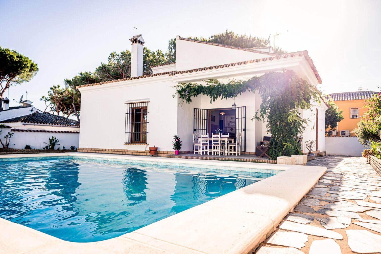 4 chambre Villa/Maison à vendre à Chiclana de la Frontera avec piscine garage - 375 000 € (Ref: 5853411)