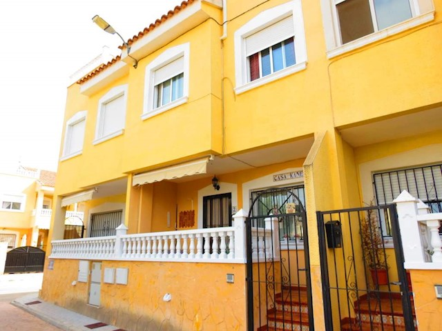 3 soverom Hus til salgs i San Bartolome - € 89 000 (Ref: 3475896)
