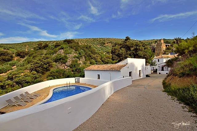 13 bedroom Finca/Country House for sale in Algarinejo with pool - € 695,000 (Ref: 4572778)