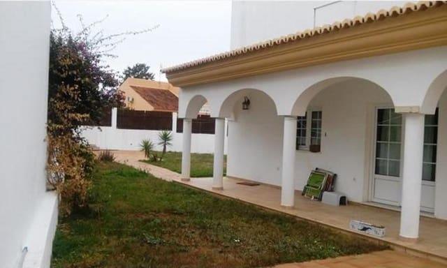 Chalet de 3 habitaciones en Isla Cristina en venta - 225.000 € (Ref: 5255583)