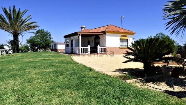 2 bedroom Finca/Country House for sale in San Bartolome de la Torre with pool - € 252,000 (Ref: 5886500)