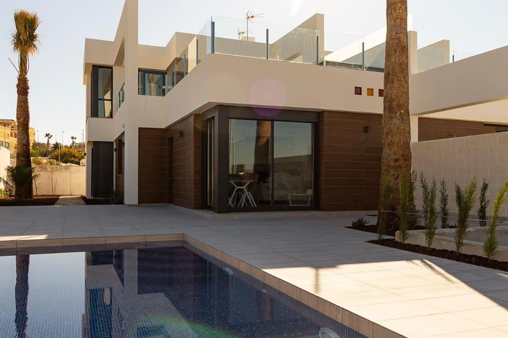Chalet de 3 habitaciones en Benijófar en venta con garaje - 272.000 € (Ref: 4447238)