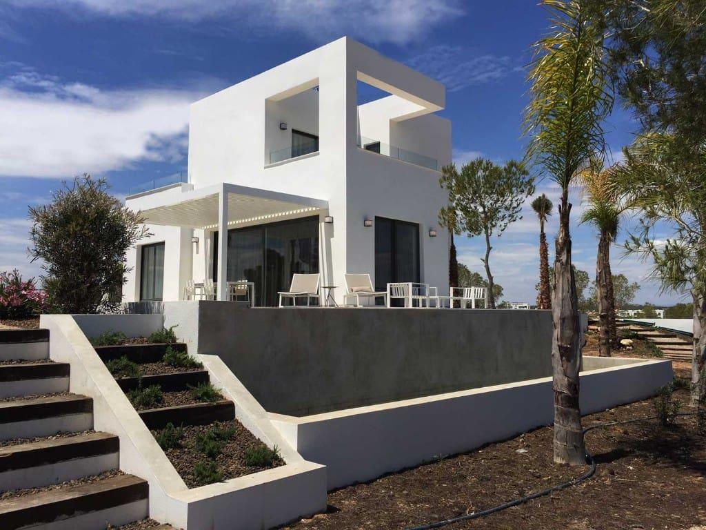 Chalet de 3 habitaciones en Las Colinas Golf en venta con garaje - 519.000 € (Ref: 4489715)
