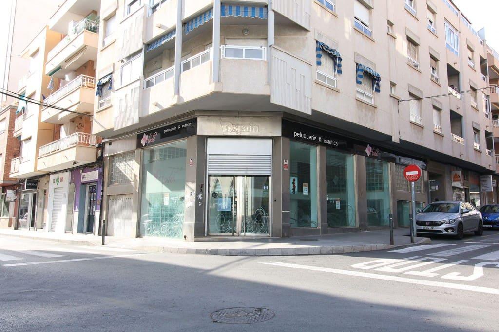 Local Comercial de 5 habitaciones en Torrevieja en venta - 399.000 € (Ref: 4513797)