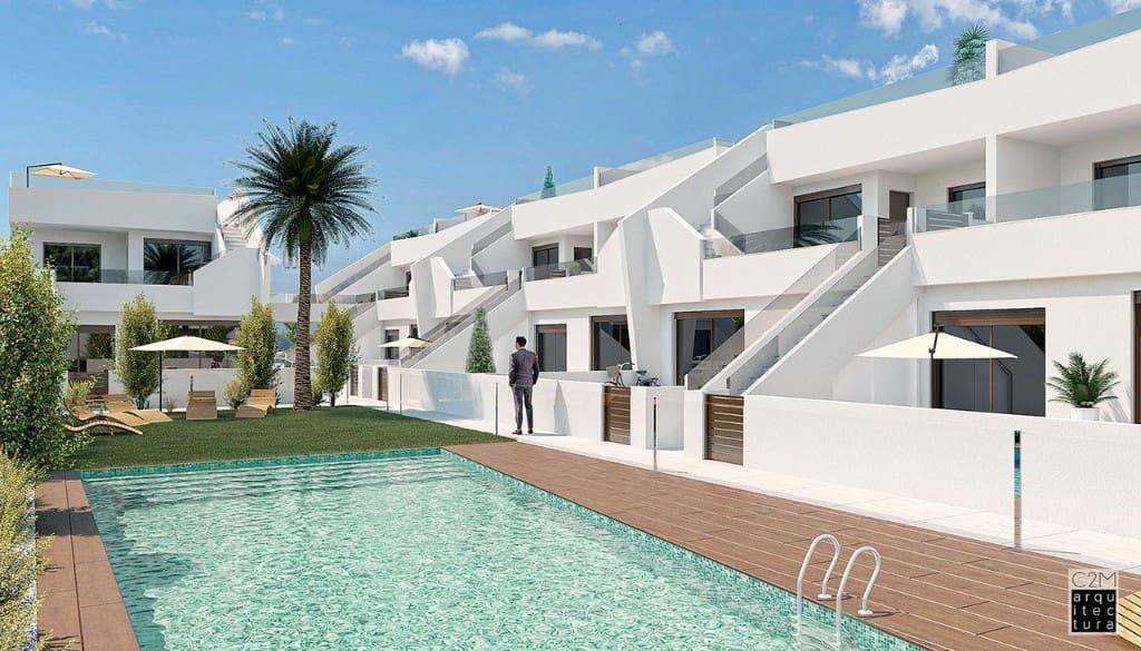 Bungalow de 2 habitaciones en Pilar de la Horadada en venta con garaje - 167.900 € (Ref: 5106343)